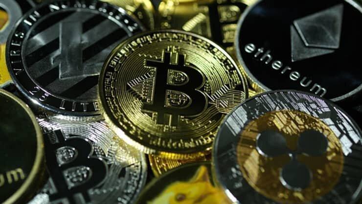 Bitcoin Rebounds After a Wild Weekend That Took It Below $32,000