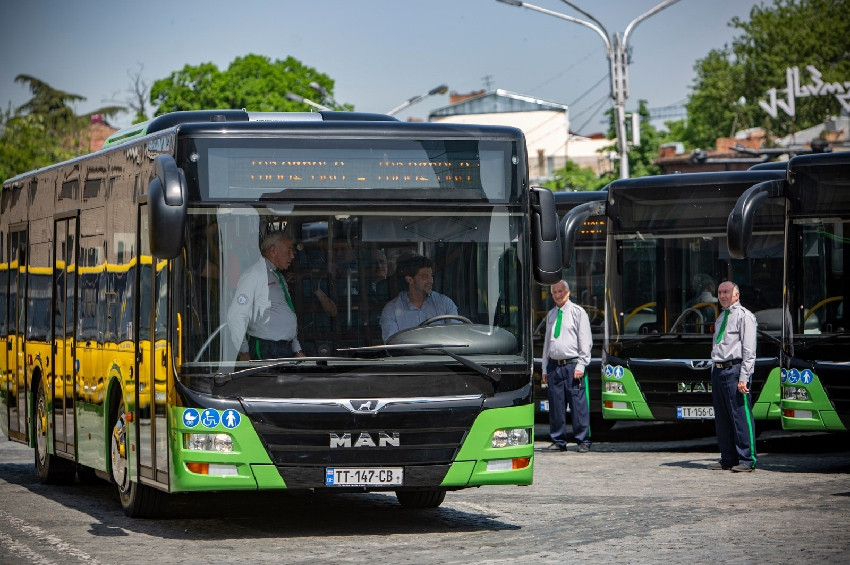 Municipal transport stops on May 3-12, intercity movement not restricted