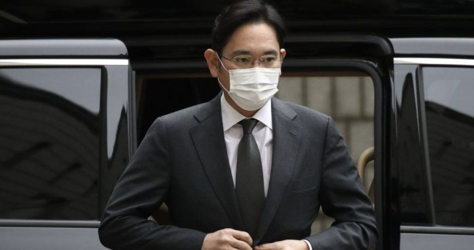 Lee Jae Yong: Samsung Heir Gets Prison Term for Bribery Scandal