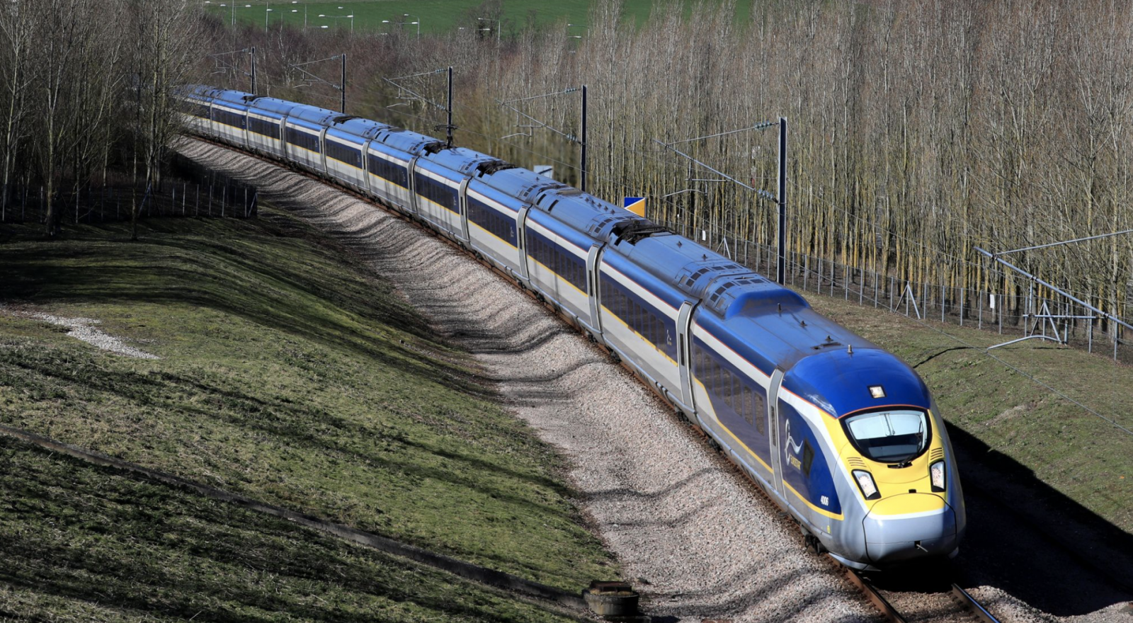COVID-19: Pressure Mounts on UK and France to Agree on Financial Aid for Eurostar as It Fights for Survival