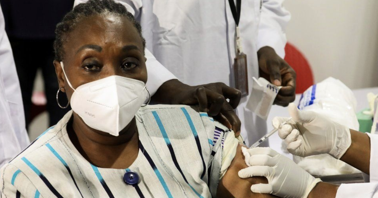 Covax: Ivory Coast and Ghana begin mass Covid vaccination rollouts