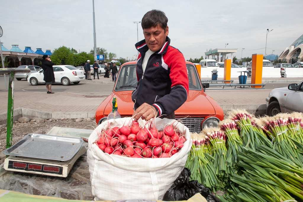 China Gradually Opens Its Markets to Central Asia