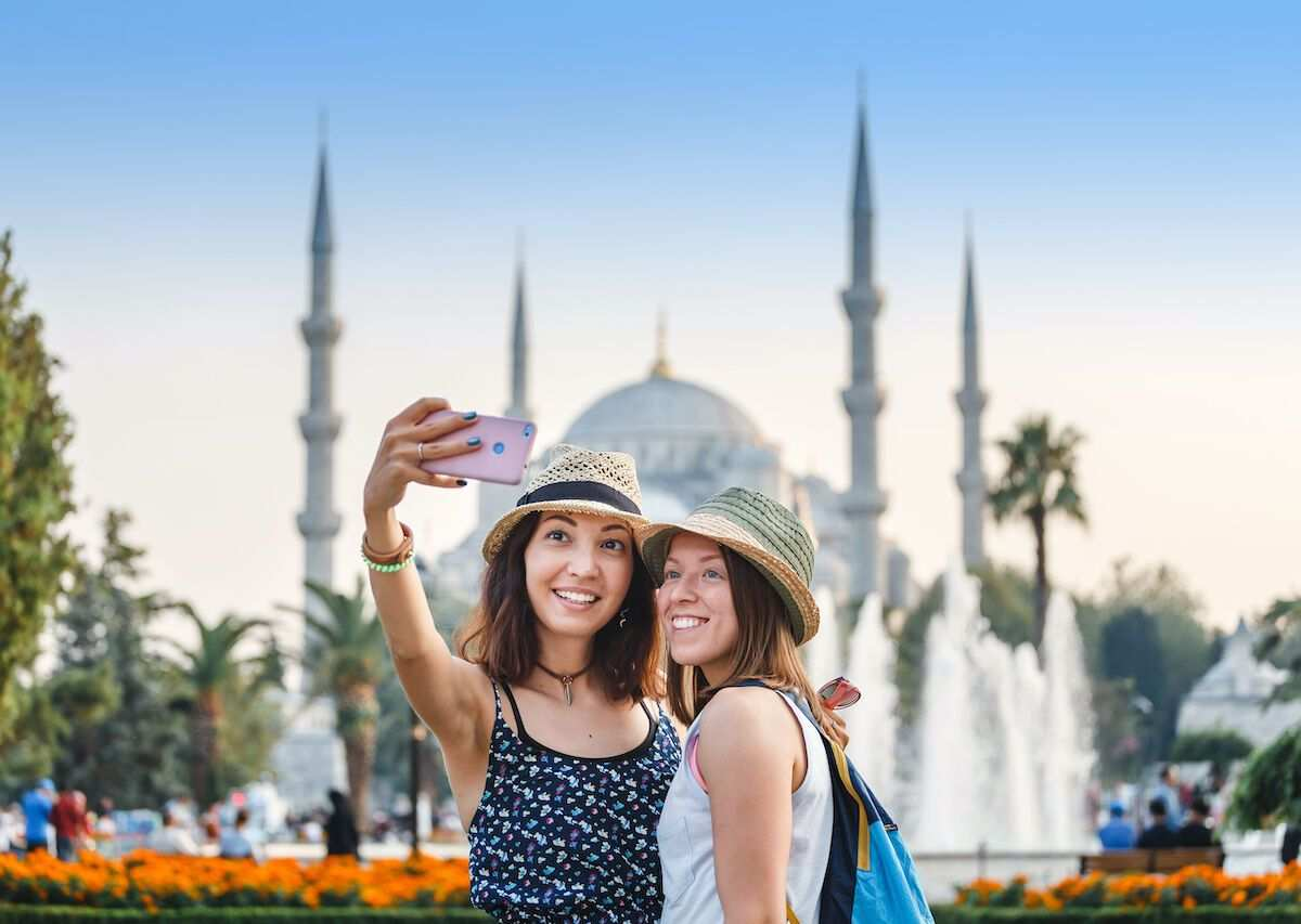 Tourism Income of Turkey Exceeded US$ 12 Billion in 2020