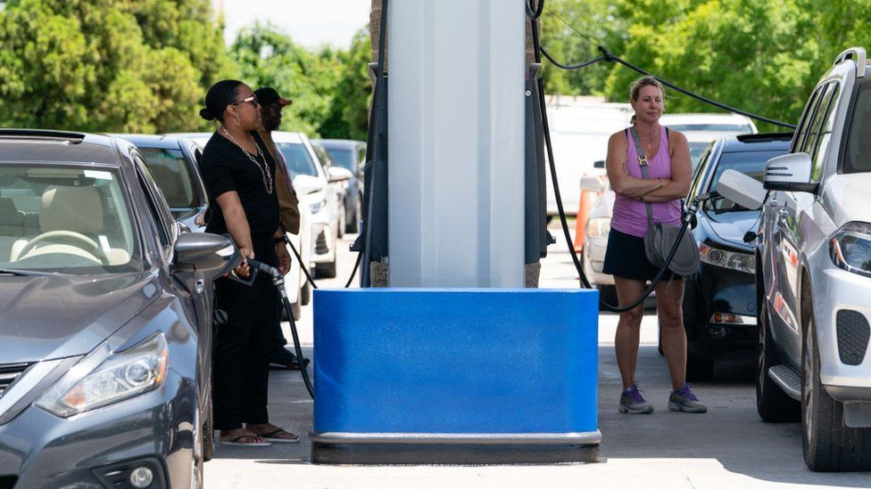 Us Petrol Prices Hit Seven-Year High