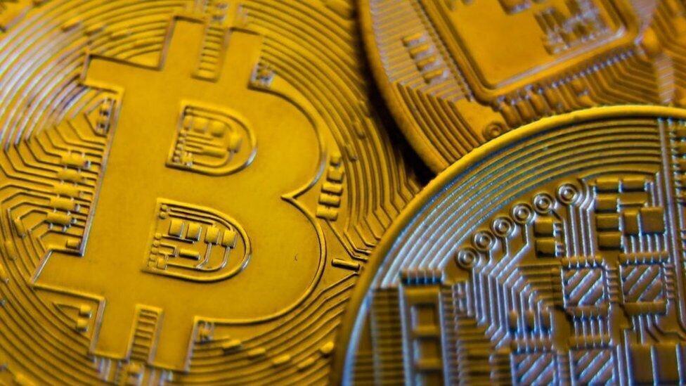 China Cracks Down on Cryptocurrencies