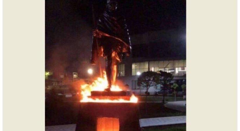 Mahatma Gandhi's Monument in Armenia Set on Fire, Suspect Apprehended