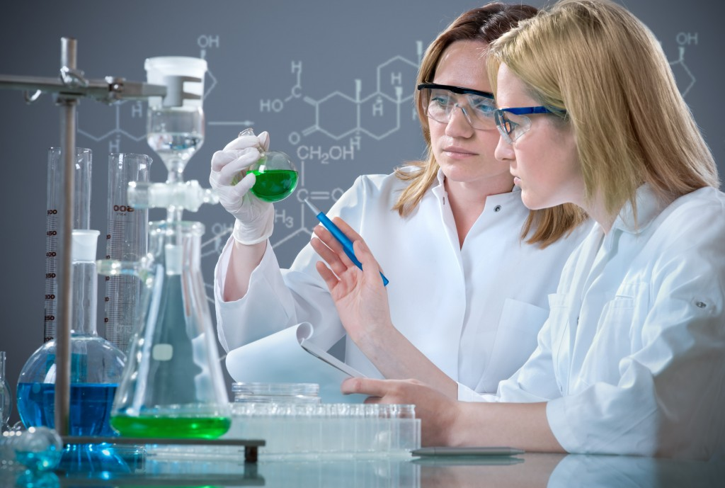 Women Represent About Half of Workers in Science and Tech in EU