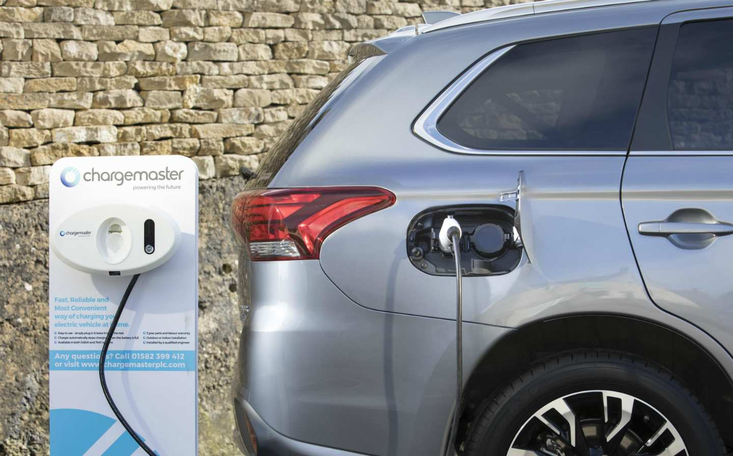 Hybrid Vehicles Sales Doubled in EU in Q1, Traditional Fossil-fuel Cars Dropping