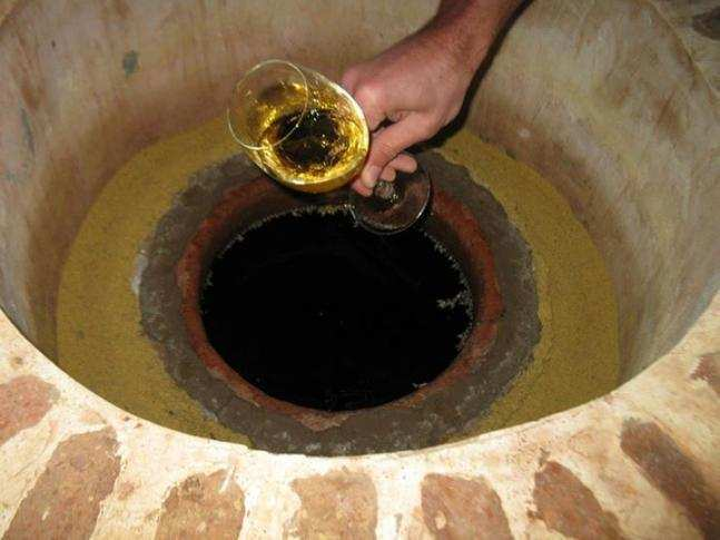იტალიაში მოხვედრილი ქართული ქვევრის ღვინის ისტორია და ღვინის ტურიზმით შექმნილი მოტივაცია