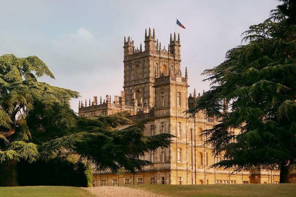Downton Abbey-ის სასახლე Airbnb-ზე ქირავდება