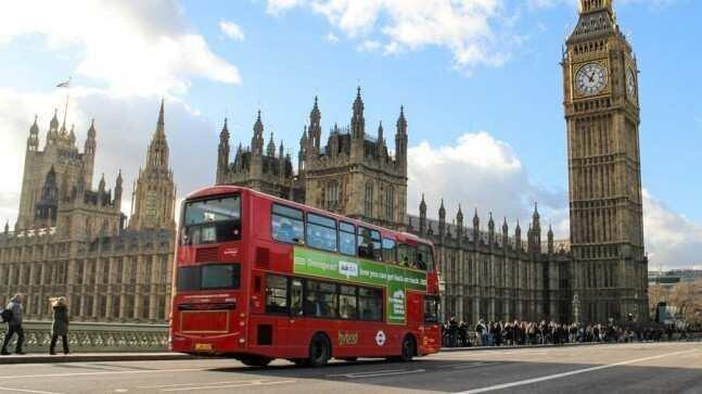 ლონდონის წითელ ავტობუსებს გაქრობა ემუქრება