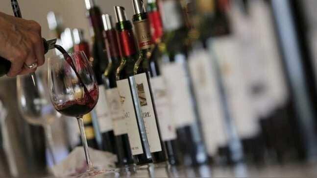 აშშ-ის ახალი საბაჟო ტარიფი ფრანგულ ღვინოს  საფრთხეს უქმნის - უცხოური მედია