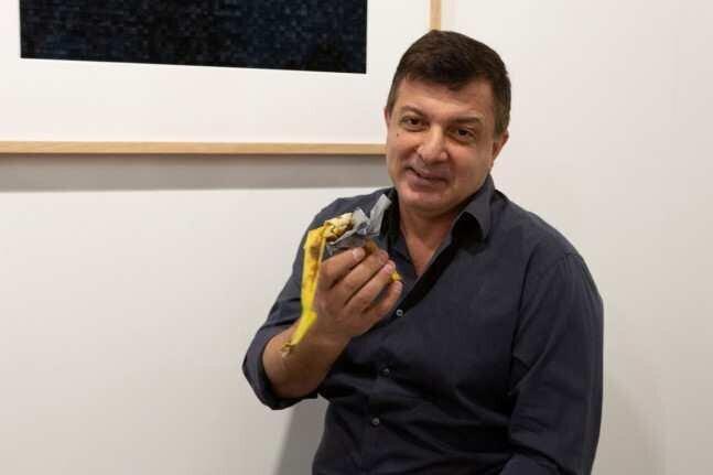 $120,000-ად შეფასებული ბანანი ქართველმა არტისტმა შეჭამა