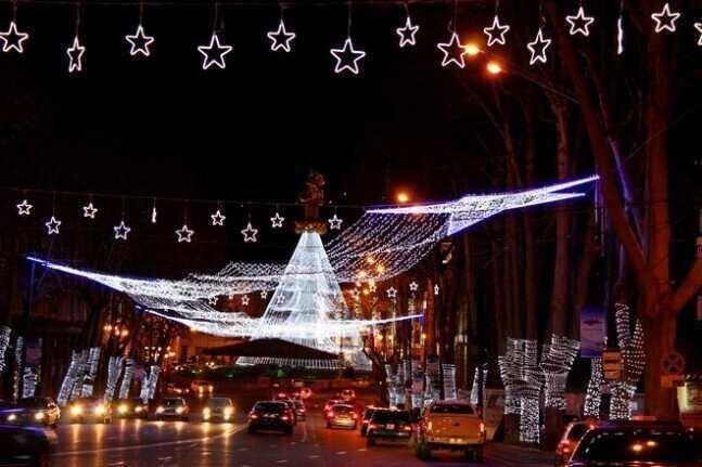 ახალი წლის ღამეს საზოგადოებრივი ტრანსპორტი მგზავრებს უფასოდ მოემსახურება