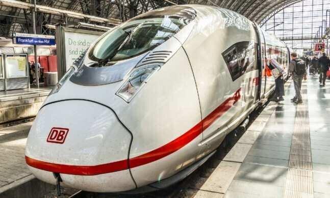 გერმანიაში გრძელ მანძილზე მატარებლით მგზავრობის ტარიფები მცირდება