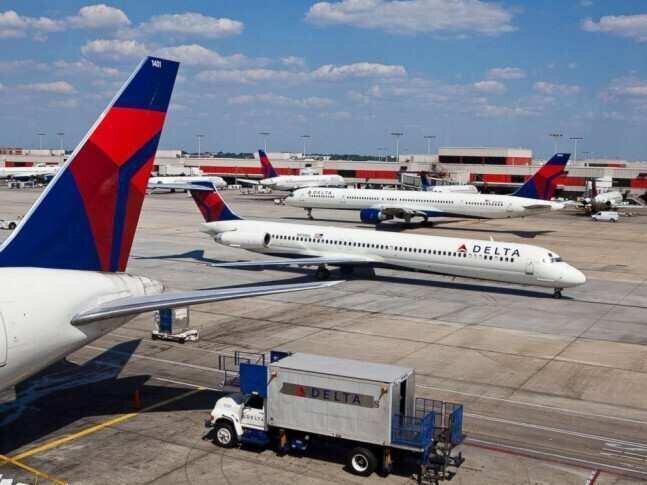 ავიაკომპანია, რომელმაც თანამშრომლებს $1.6 მლრდ ოდენობის ბონუსები გადასცა