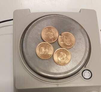 ქუთაისის აეროპორტში არადეკლარირებული ოქროს მონეტები აღმოაჩინეს