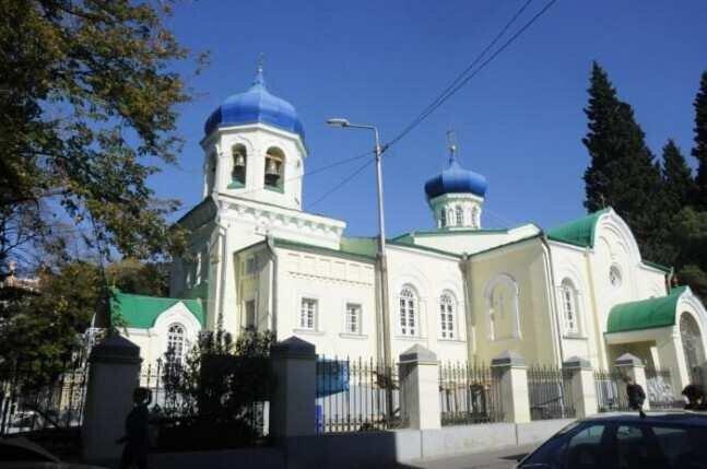 რუსული ეკლესია, რომლის მოძღვარსაც კორონავირუსი დაუდგინდა, რამდენიმე დღით დაიკეტა