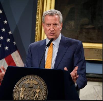 ნიუ-იორკის მერი: საჯარო სივრცეებში პირბადეები უფასოდ დარიგდება