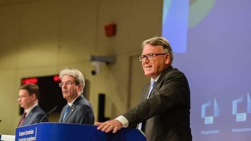 ევროკავშირის ქვეყნებში შესაძლოა 30 მილიონზე მეტი ადამიანი უმუშევარი დარჩეს - ევროკომისარი