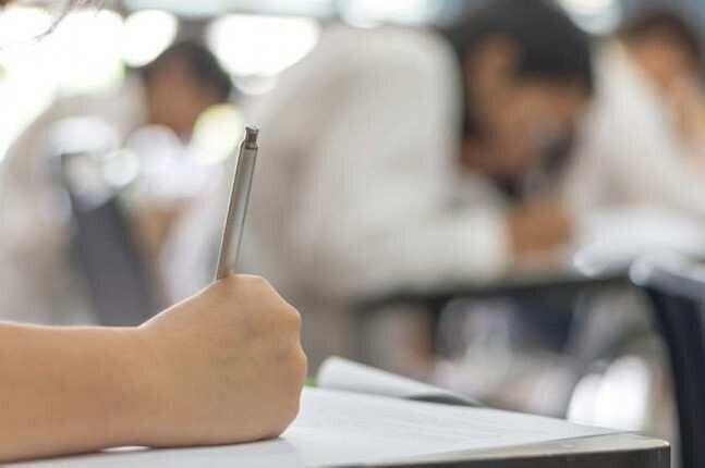 აბიტურიენტებს გამოცდაზე პირბადის მოხსნა შეეძლებათ - პრემიერი