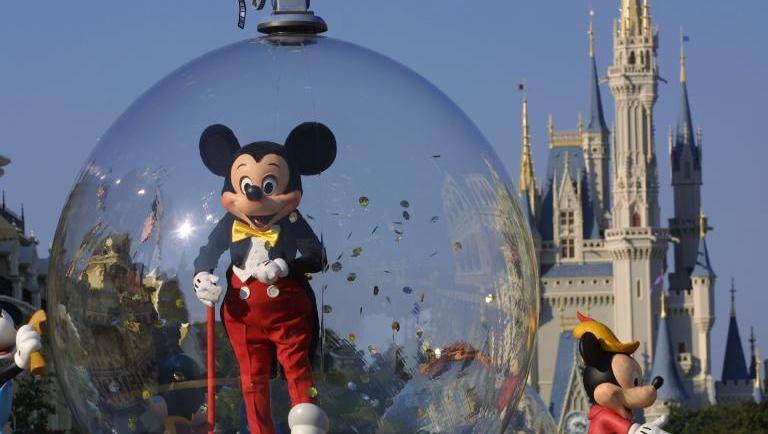 კორონავირუსის გაზრდილი შემთხვევების გამო ჰონგ-კონგის Disneyland-ი ისევ იხურება