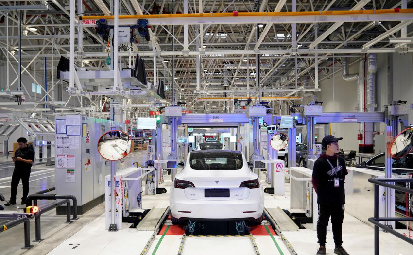 Tesla hiring in Shanghai as production ramps up