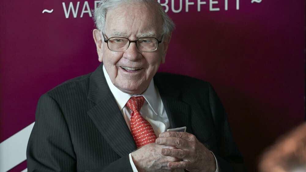 უორენ ბაფეტის Berkshire Hathaway-მ ხუთი იაპონური კომპანიის აქციები შეიძინა