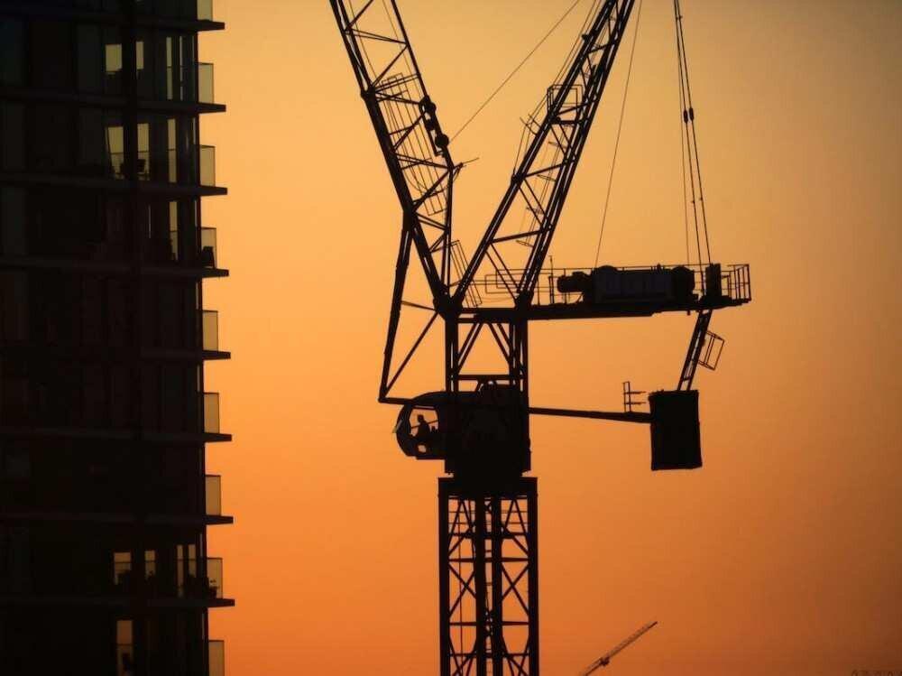 რამდენად არის გაზრდილი ფინანსური რისკები სამშენებლო სექტორსა და იპოთეკურ დაკრეტიდებაში?