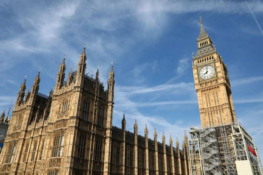 Was the communications law amended by the pressure from Russia? - Question of a British MP