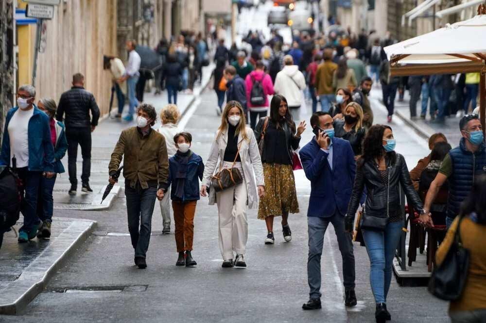 იტალიაში პირბადის გამოყენება სავალდებულო გარე სივრცეშიც გახდება