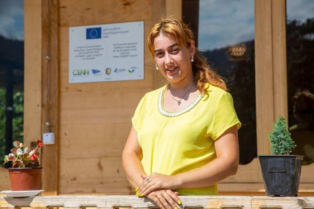 ჩემი სოფელი: ქალები ქედადან თაფლის წარმოებას ავითარებენ