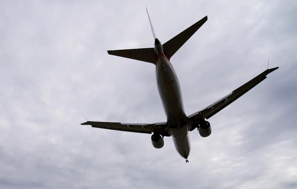 რამდენმა მგზავრმა ისარგებლა ზაფხულში შიდა ტურისტული ფრენებით - სტატისტიკა