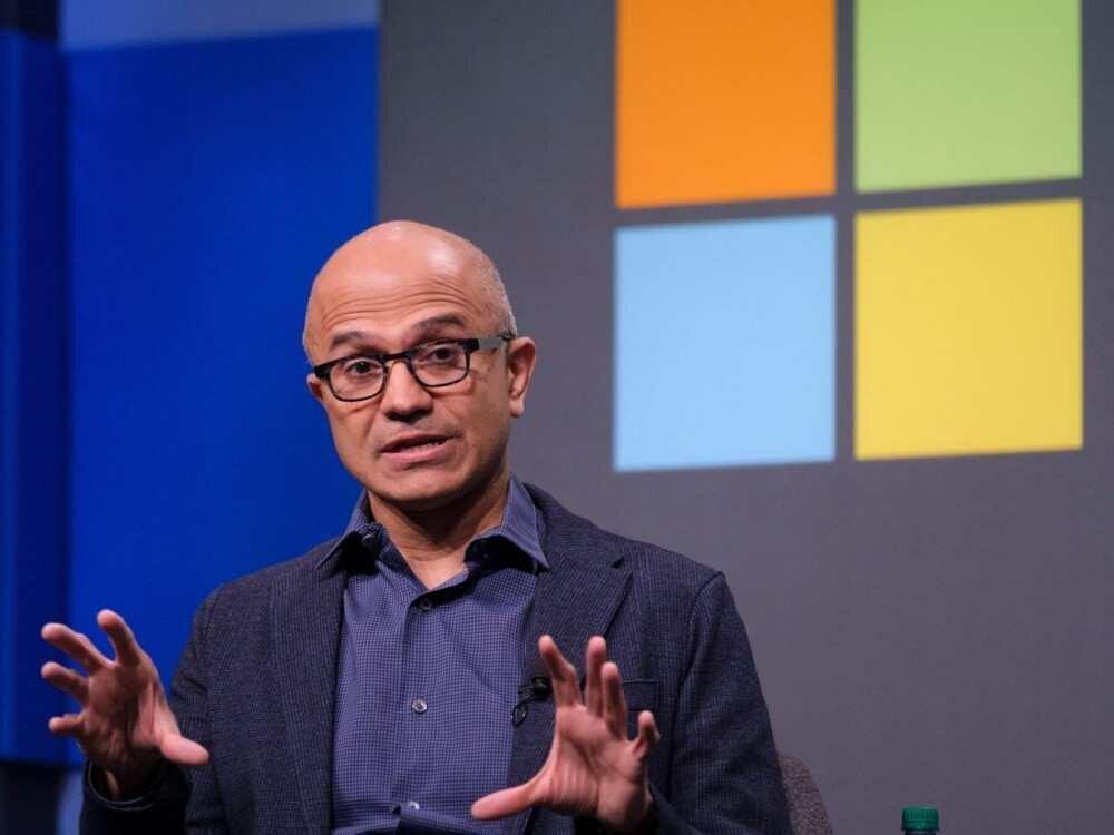 """Microsoft-ის CEO სატია ნადელა """"კაპიტალიზმზე რეფერენდუმს"""" ითხოვს"""