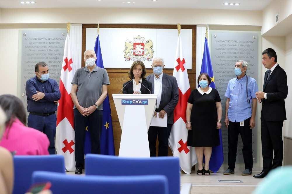 მინისტრი: არ უნდა გვქონდეს მოლოდინი, რომ მარტივი ტრენინგებით ექიმებს გავაორმაგებთ