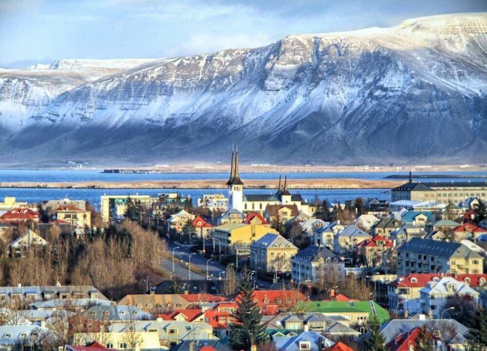 Forbes: როგორ გამდიდრდა ისლანდია დაბალბიუჯეტური ავიაკომპანიების დახმარებით