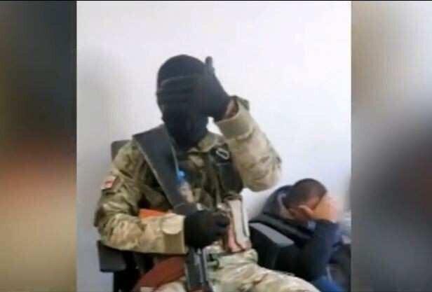 Burlgar demands 500 thousand USD keeping 20 people in hostage