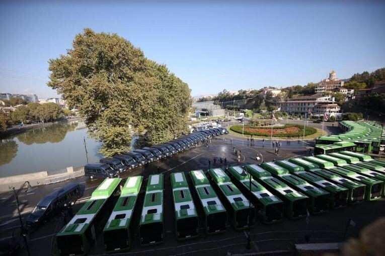 ხვალიდან თბილისში ახალი ავტობუსები და სამარშრუტო ტაქსები იმოძრავებს - რა იცვლება?