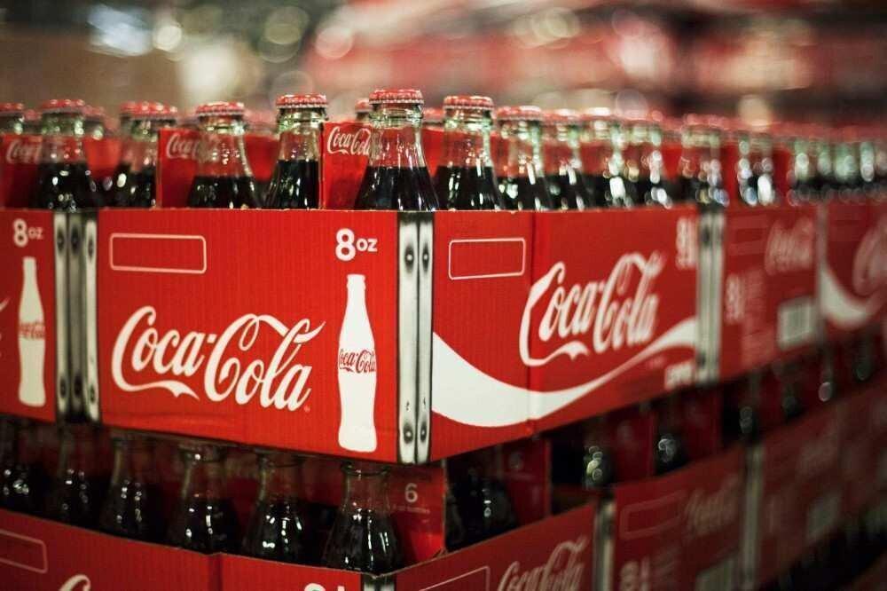 კოკა-კოლა 200 დასახელების  სასმელის ბრენდს აუქმებს