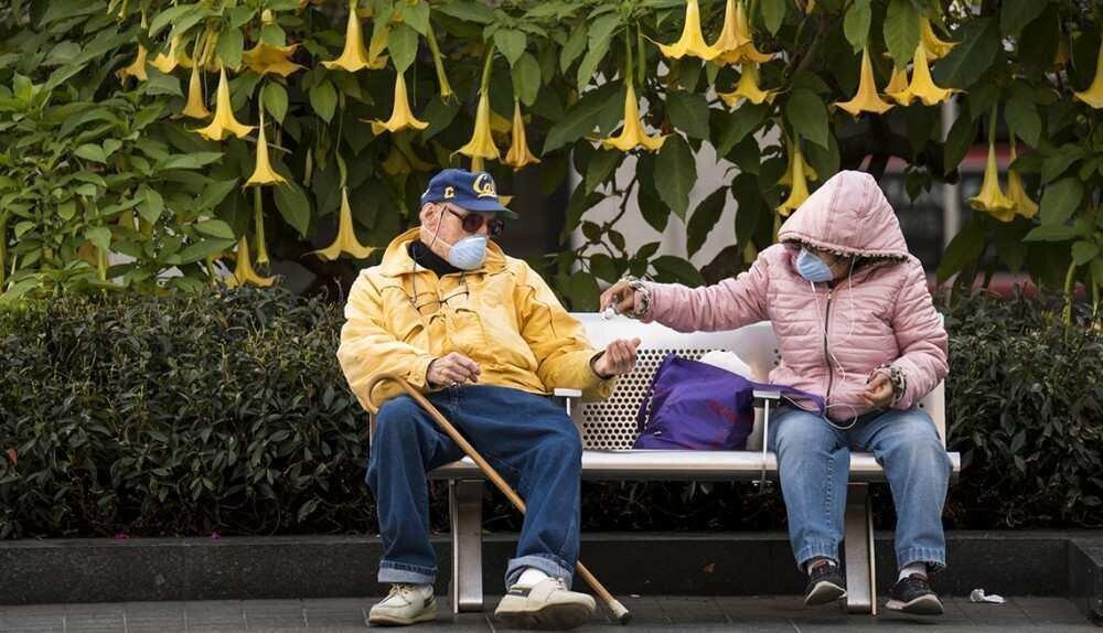 CDC: ასაკოვანი ადამიანები ახალგაზრდებზე უკეთ იცავენ პანდემიის უსაფრთხოების ზომებს