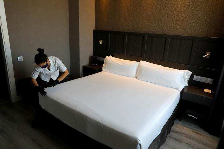How much the government spent on renting quarantine hotels?