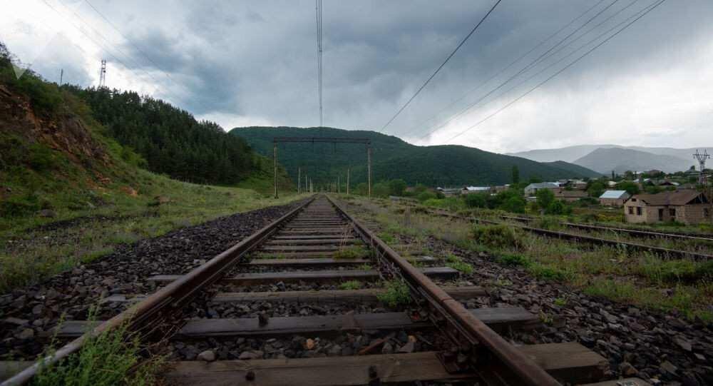 მოსკოვმა და ბაქომ სამხრეთ კავკასიაში სარკინიგზო ინფრასტრუქტურის განვითარების საკითხი განიხილეს