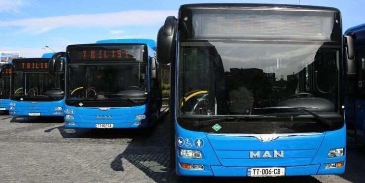დიდ ქალაქებში მუნიციპალური ტრანსპორტის მუშაობა ჩერდება