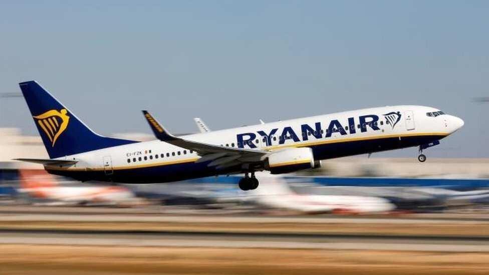ავიაკომპანიები აეროპორტებს გადასახადის შემცირებას სთხოვენ