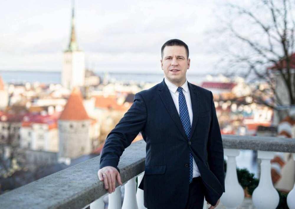 ესტონეთის პრემიერ-მინისტრი კორუფციული სკანდალის გამო თანამდებობიდან გადადგა