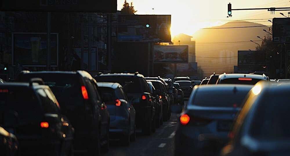 """""""საზ.ტრანსპორტის ჩაკეტვამ ავტომობილობა 30%-ით გაზარდა"""" - ვიქტორ წილოსანი"""