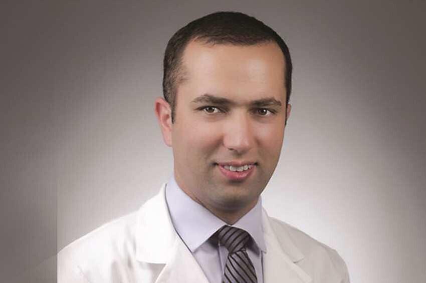 Georgian neurologist working in the US donates 2 refrigerators to Georgia for Pfizer vaccine