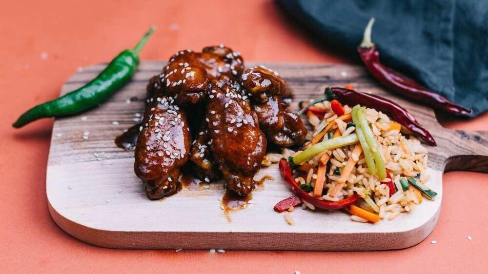 """რესტორანი """"მანჯისთან"""" აცრილ მოქალაქეებს 50%-იან ფასდაკლებას სთავაზობს"""