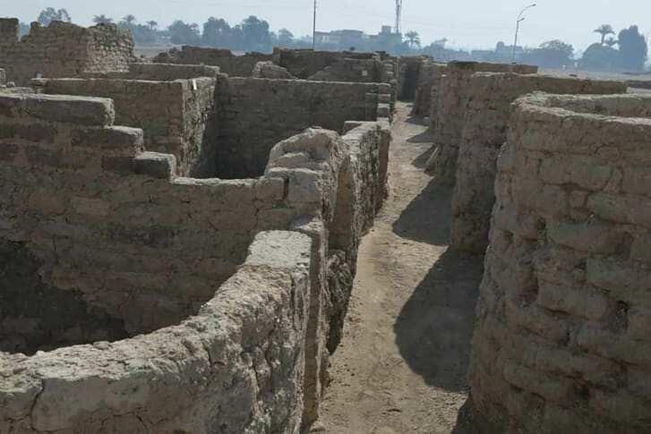 არქეოლოგებმა ეგვიპტეში 3000 წლის ქალაქი აღმოაჩინეს