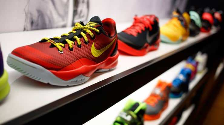 Nike-ი მეორეულ ბოტასებს გაყიდის